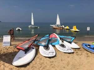 Corsi windsurf elba